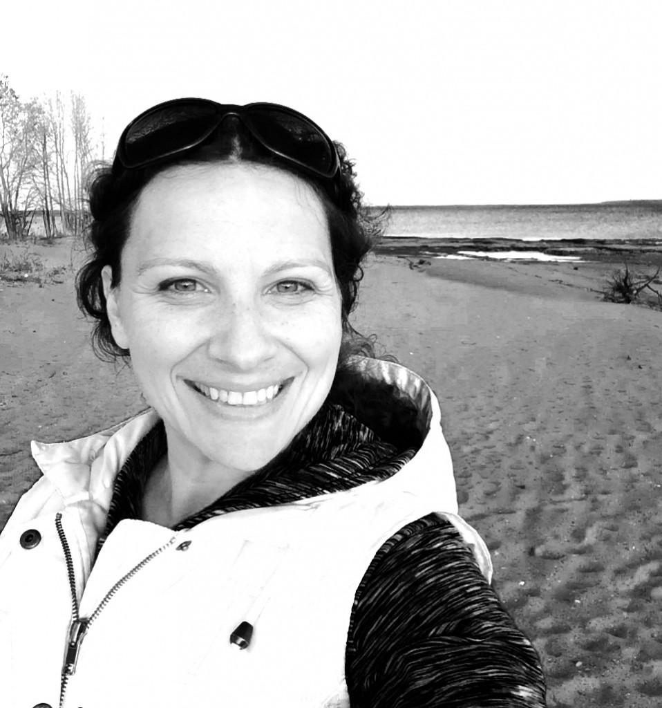 sally seashore selfie