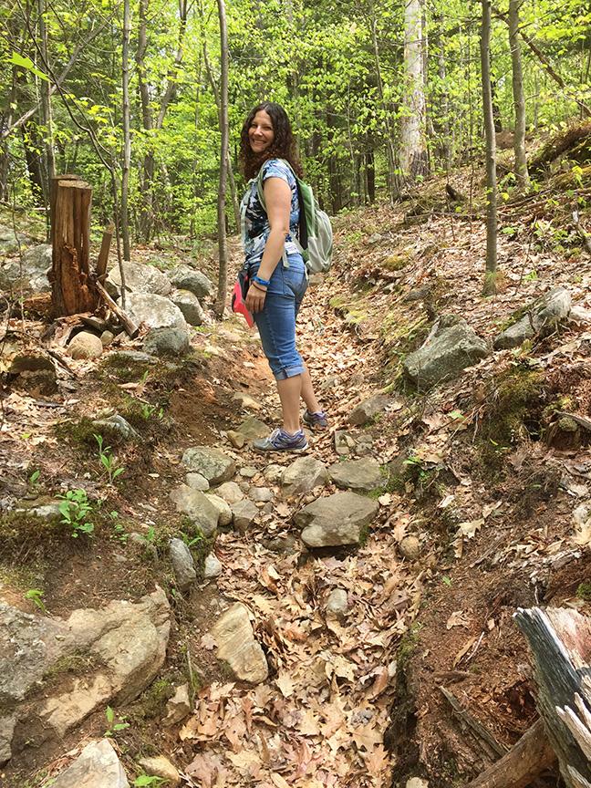 hike-a-pose